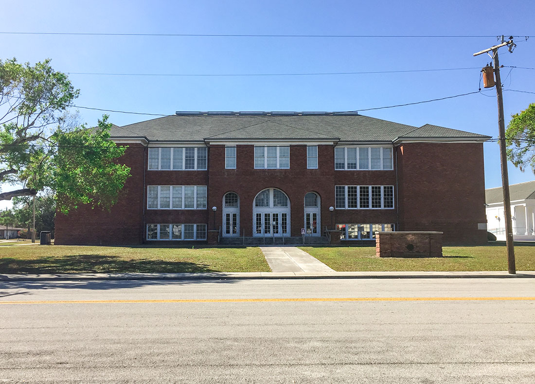 Okeechobee School District Building